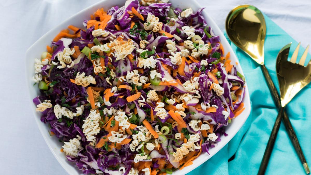 crunchy ramen red cabbage salad