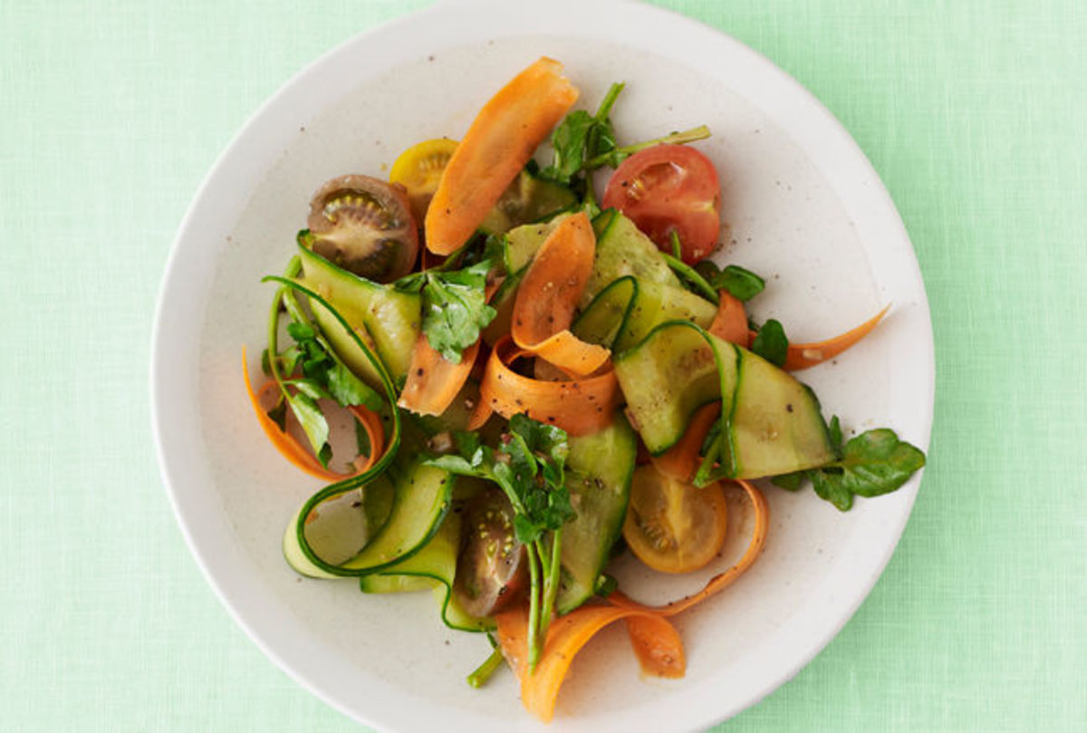 balsamic-cucumber-and-carrot--ribbon-salad