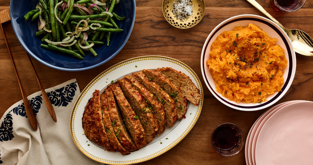 Turkey Meatloaf with Garlicky Green Beans and Butternut Puree