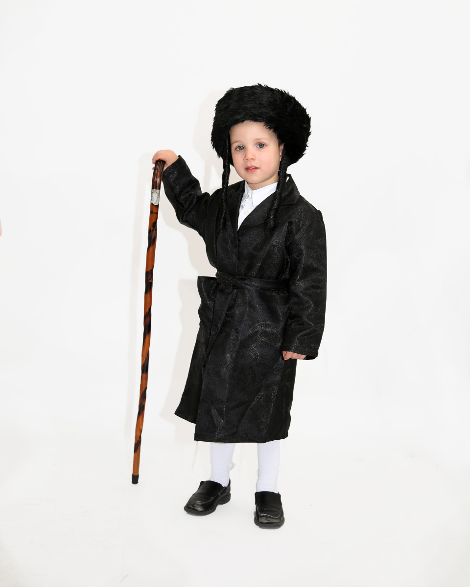 Shaulie Dovid Dressed as a Chassid